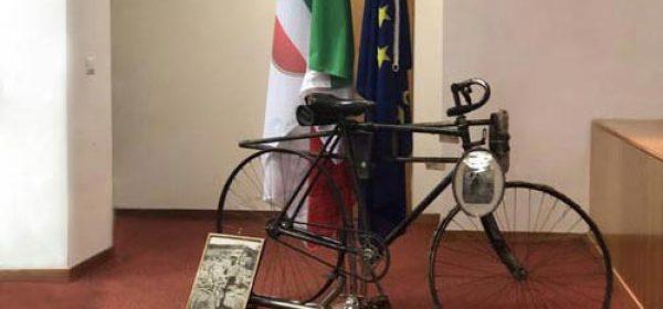 Restauro bicicletta appartenuta ad Enrico Toti.